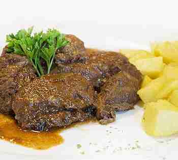ZAMORA STEWED BEEF CHEEKS